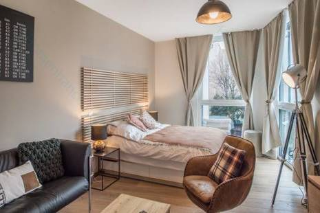 New Furnished Studio behind Rolex & Plainpalais